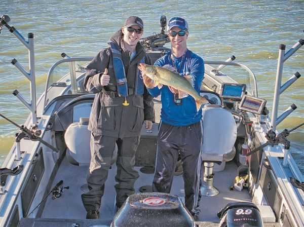 Ice out trophy walleye tactics coastal angler the for Lake erie walleye fishing report