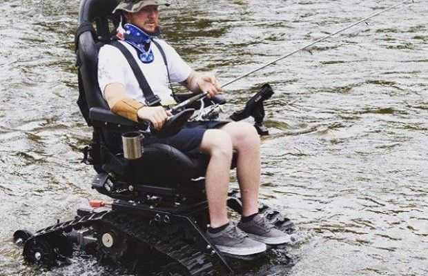 Outdoor wheelchair
