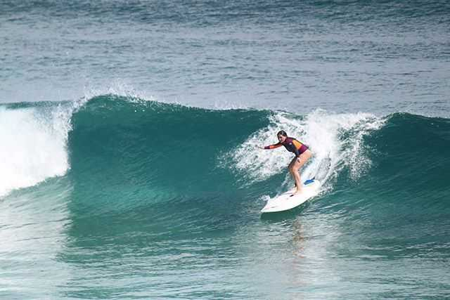 Bahamas surfing conditions and forecast december 2015 for Long island surf fishing report