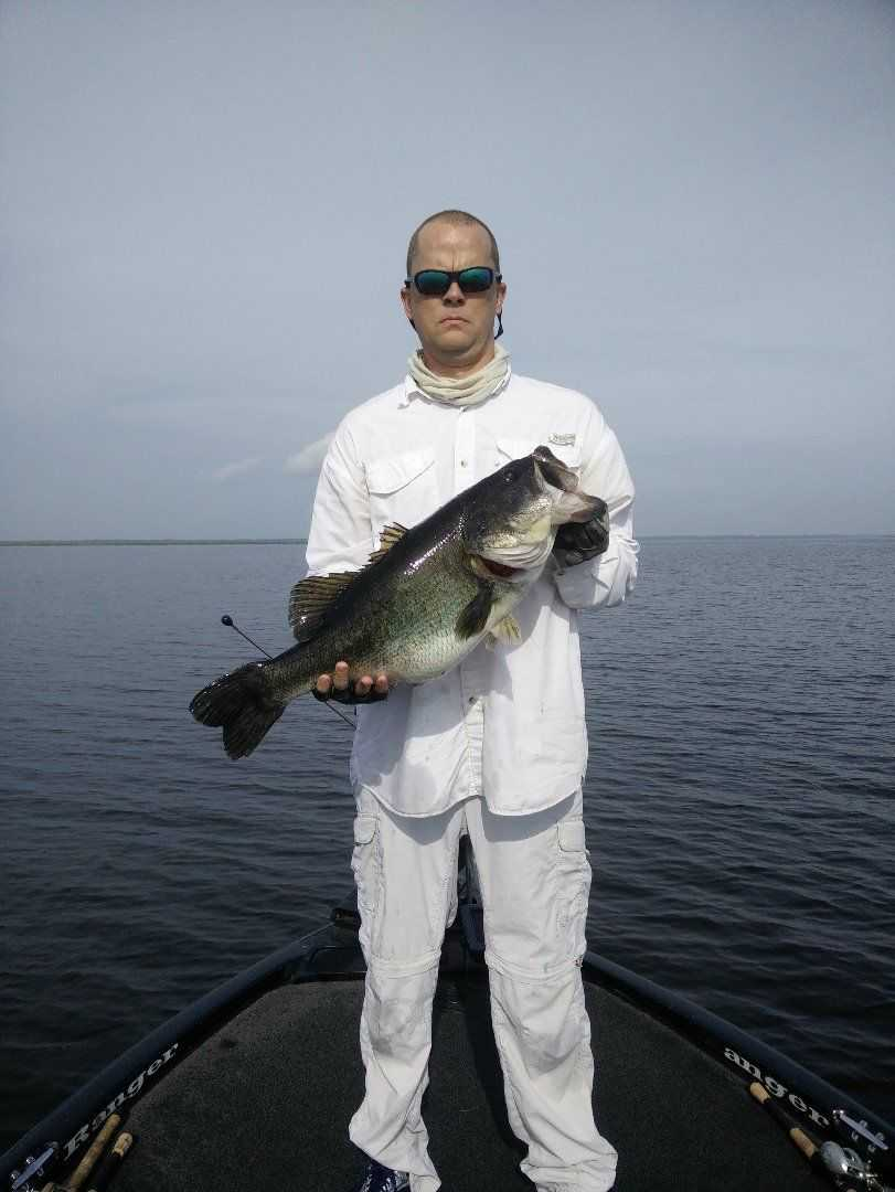 Weekly okeechobee fishing report april 23 25 coastal for Lake istokpoga fishing