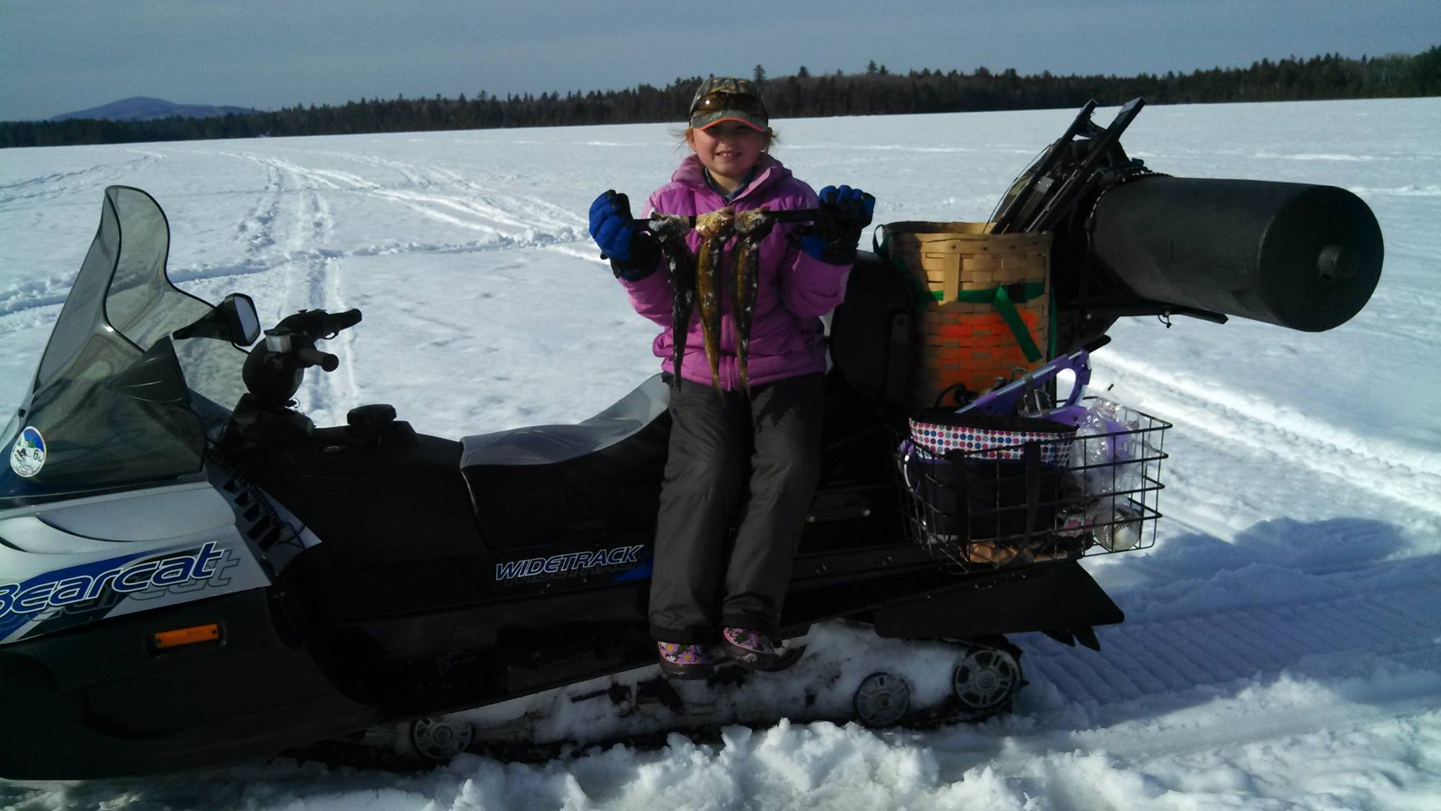 Maine s ice fishing tradition the basics of ice fishing for New ice fishing gear 2017