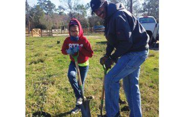 Galveston Bay Foundation volunteer