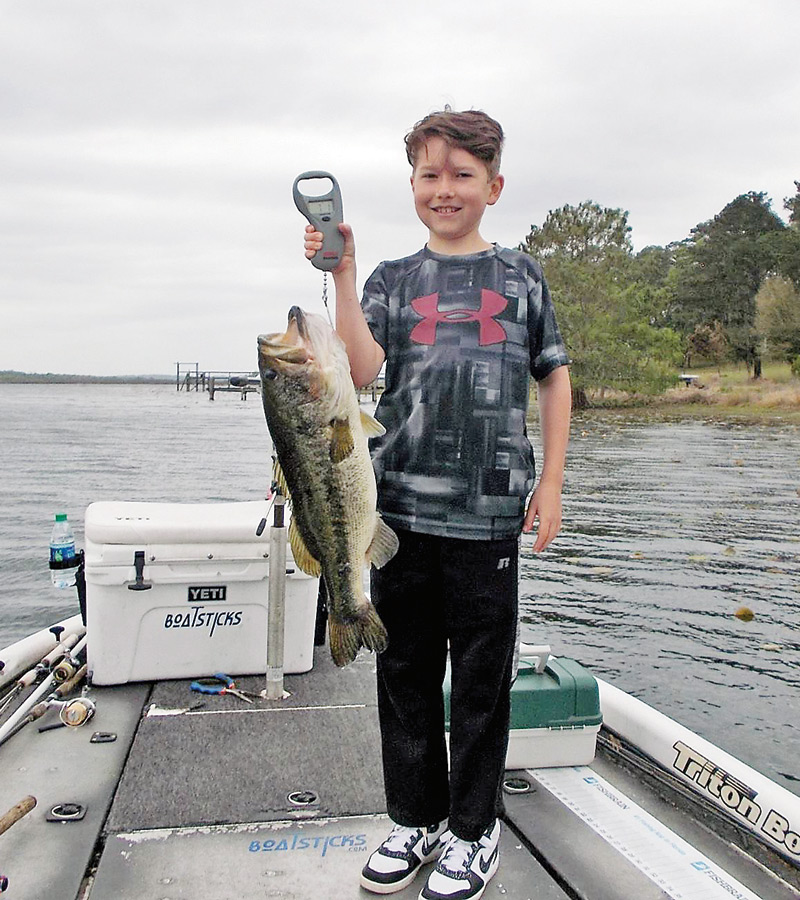 11 year old jesse dannels from ohio with a giant 7 1 lb for Lake jackson fishing report