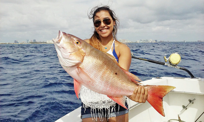 Nice mutton snapper for this fisher gal