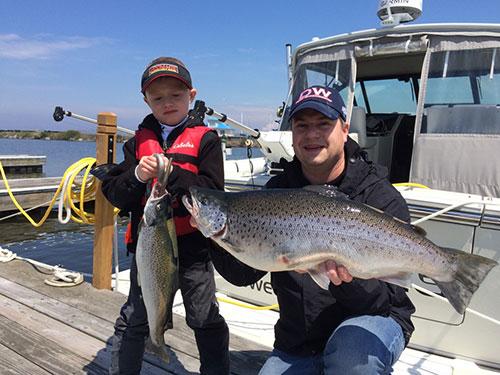 Robert mallory 39 s oswego report and forecast coastal for Oswego fishing report