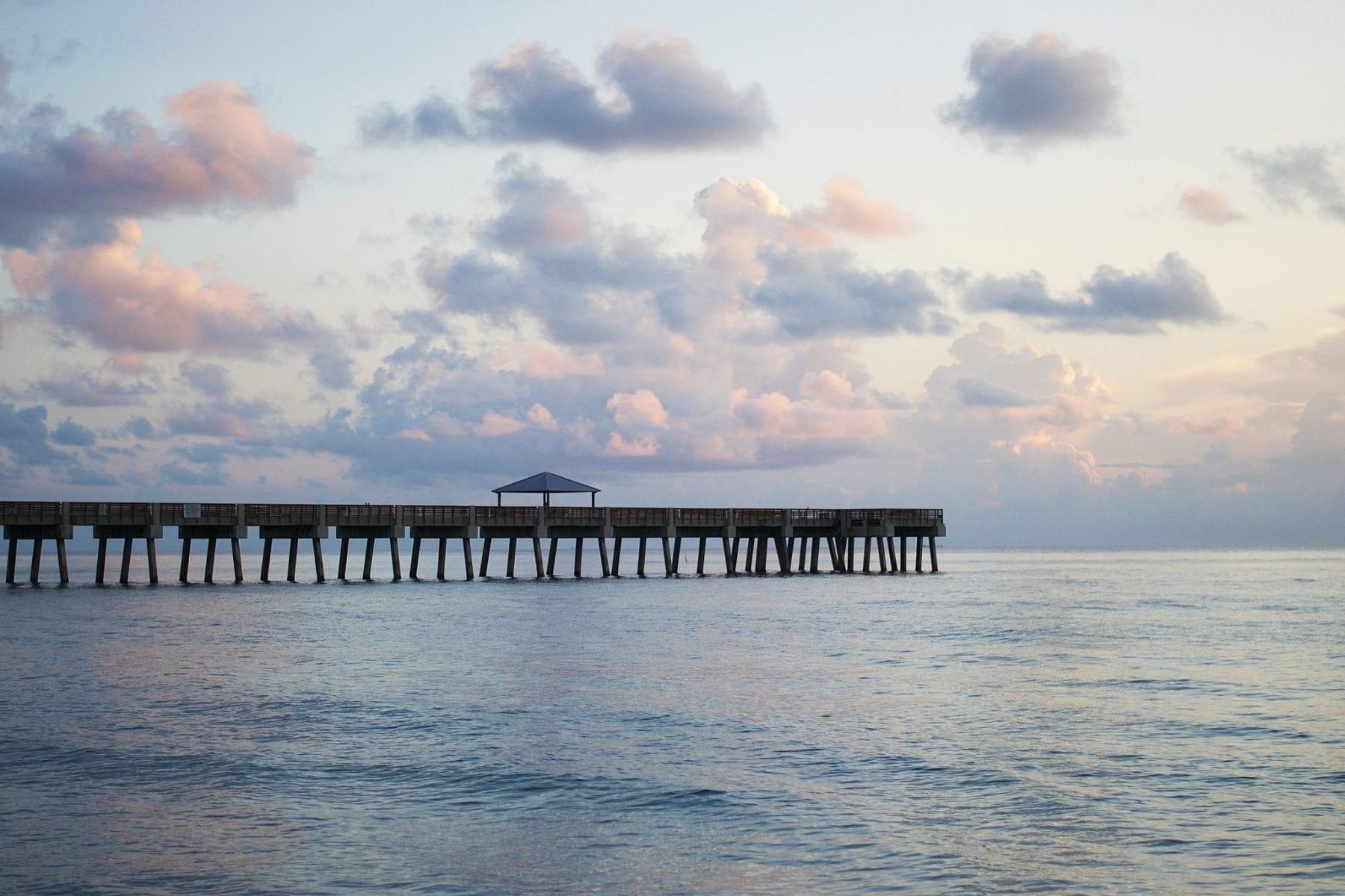 Juno beach pier fishing forecast may 2018 coastal for Juno fishing report