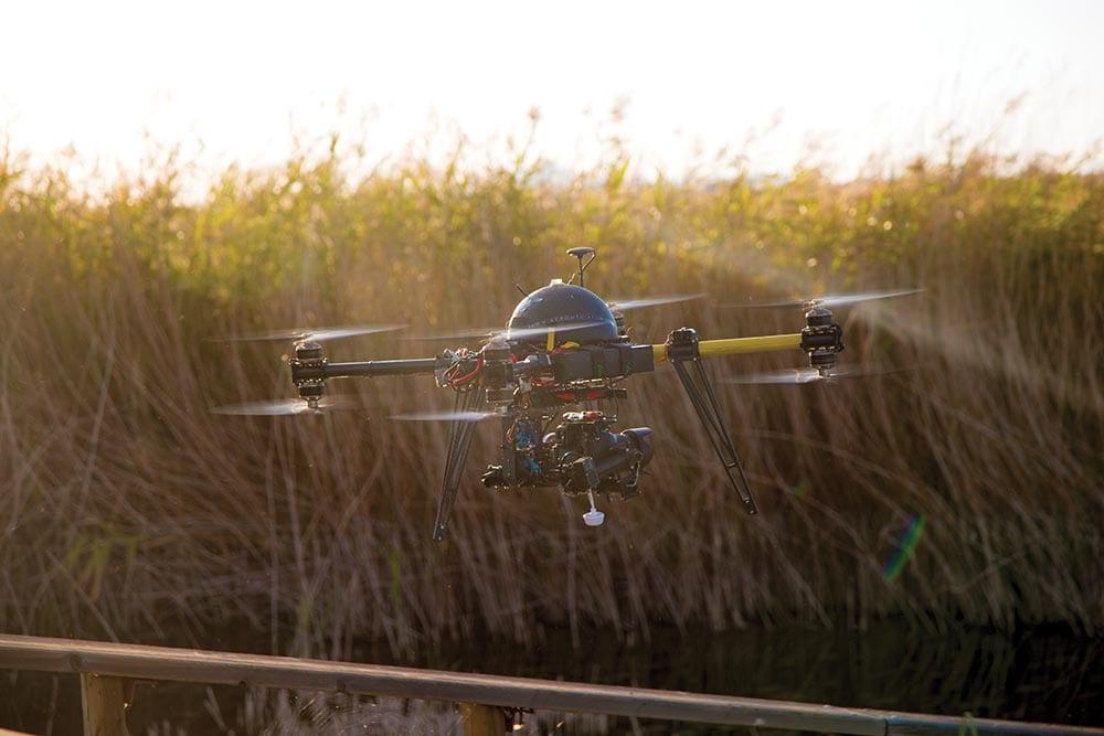 Commander drone immersion et avis drone avec camera et casque virtuel