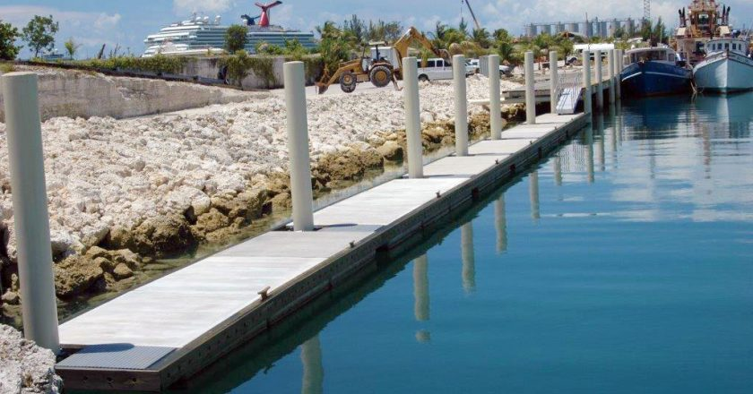 Bradford Marine Bahamas Builds 180' Concrete Floating Dock