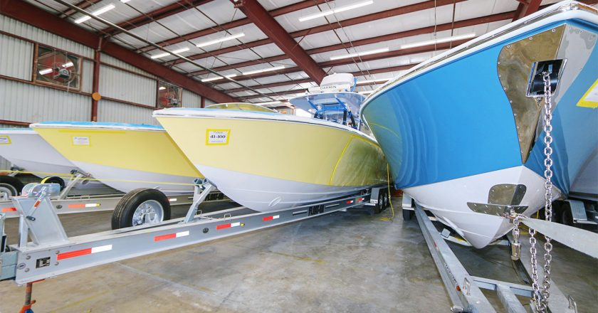 Bahama Boat Works Launching Bahama 41 Hull #100